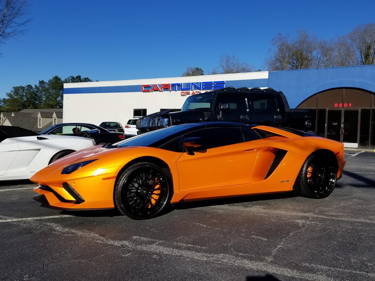 Lamborghini Adventador S
