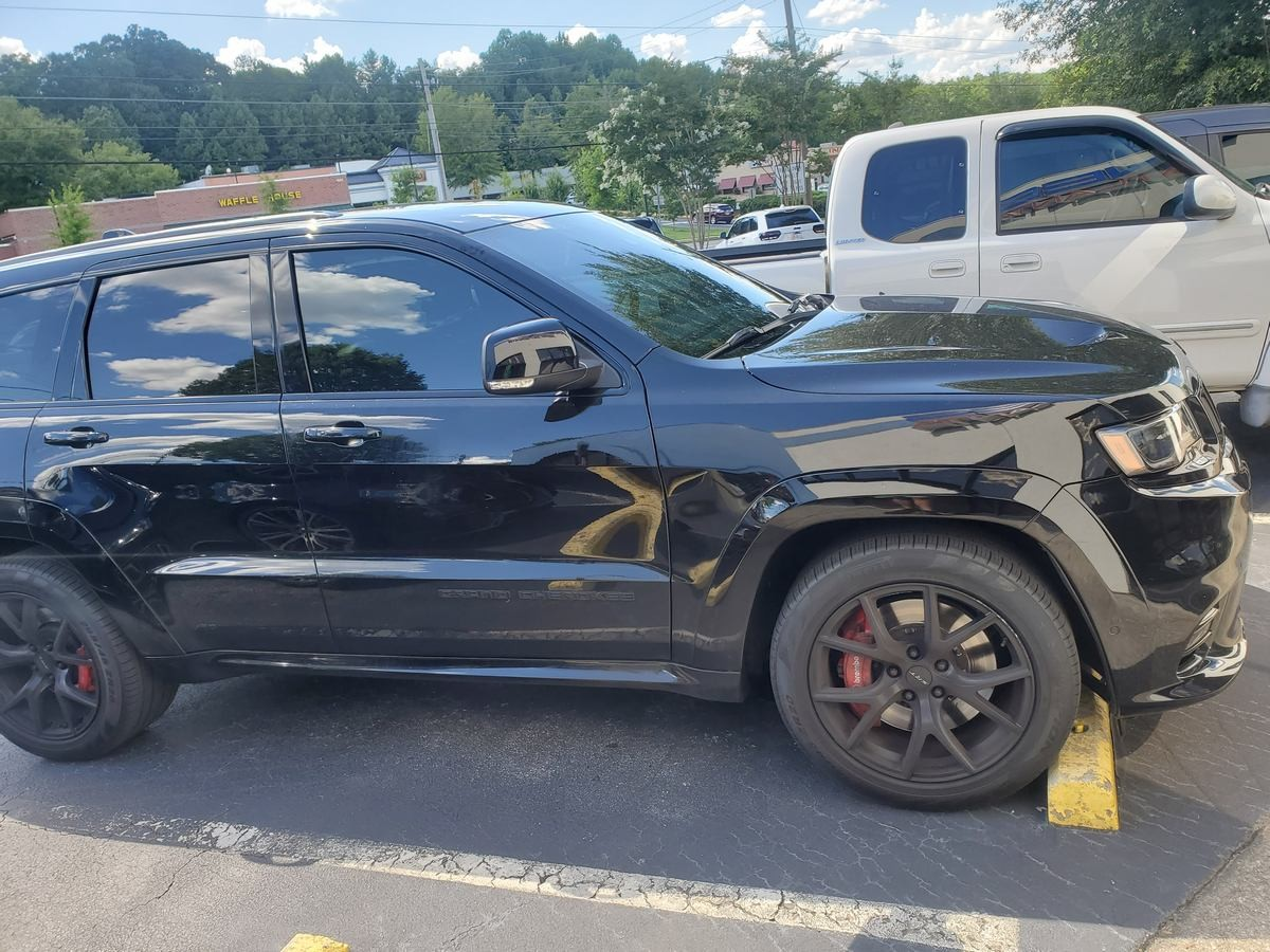 Dodge Grand Cherokee SRT